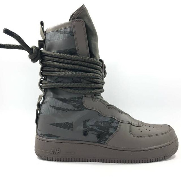NIKE SF AF1 Air Force 1 Boots